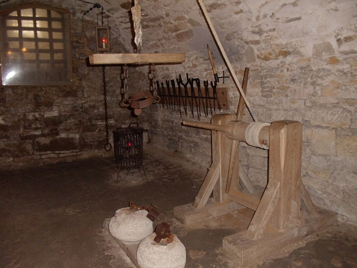 Medieval torture chambers erotic photos - Porno dive hd ...