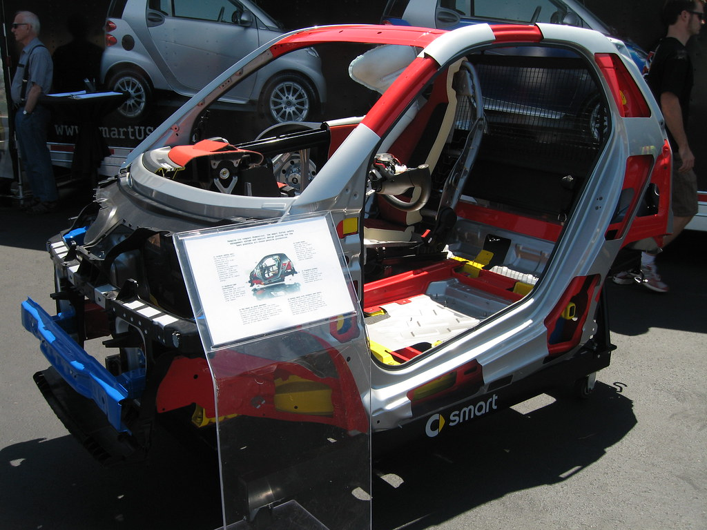 Smart Fortwo Coupe cutaway frame - a photo on Flickriver
