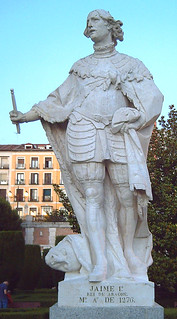 Billede af Jaime I. madrid españa history stone spain europe statues kings estatuas middleages sculptures jardinesdesabatini sabatinigardens stonestatues statuesinmadrid jaumeelconqueridor crownofaragon coronadaragó coronadearagón jamesiofaragon jaimeidearagón juandeleón estatuasdepiedra