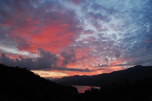 mountains clouds sunrise dawn nikon taiwan tainan d40 nikkorafsdx1855mmf3556gii