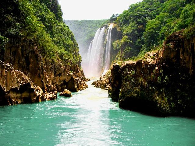 Cascada de Tamul @ Tanchachin, SLP, Mexico