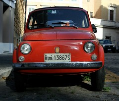 zastava 750(0.0), automobile(1.0), fiat 500(1.0), vehicle(1.0), fiat 600(1.0), city car(1.0), fiat 500(1.0), antique car(1.0), land vehicle(1.0),
