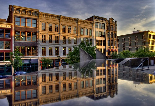 sunset oneaday evening mainstreet photoaday louisville dailyphoto pictureaday project365 morethanderby kentuckycenterforthearts project365070607