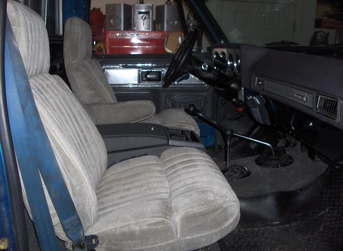 Suburban Bucket Seats In A Truck The 1947 Present Chevrolet Gmc Truck Message Board Network