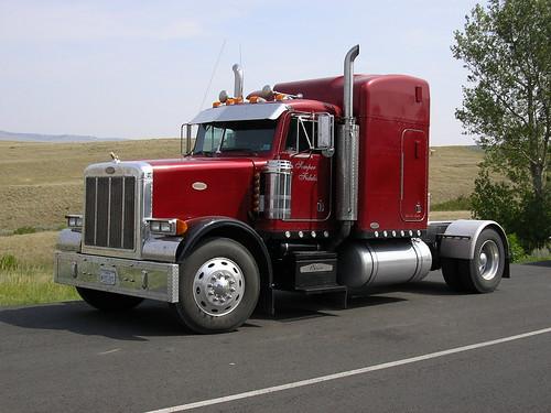 ciężarówka <B> Ciężarówka </b> z winy kierowcy, który zabił 10 katastrofie w Kalifornii, urzędnicy mówią|<B> Ciężarówka </b> z winy kierowcy, który zabił 10 katastrofie w Kalifornii, urzędnicy mówią|987949619 8f5e749c27