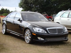 automobile, automotive exterior, executive car, wheel, vehicle, mercedes-benz w221, automotive design, rim, bumper, mercedes-benz s-class, sedan, land vehicle, luxury vehicle,
