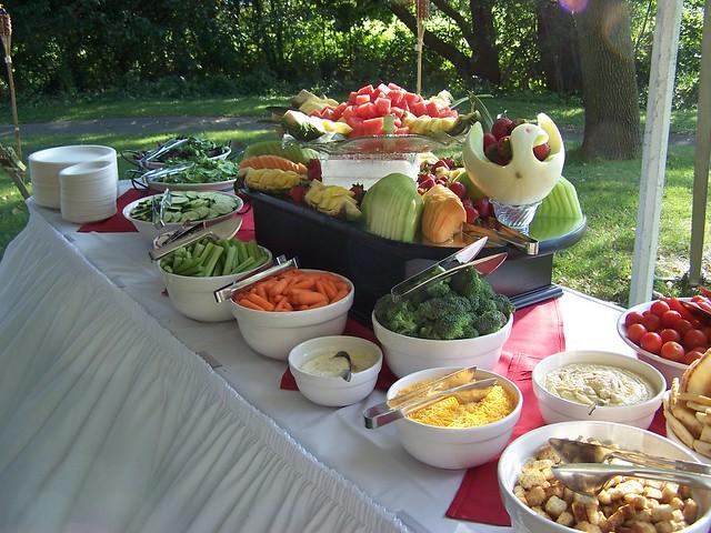 Backyard Barbecue : Backyard BBQ Wedding  Flickr  Photo Sharing!