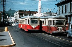 trolleybus(1.0), vehicle(1.0), cable car(1.0), tram(1.0), mode of transport(1.0), land vehicle(1.0),