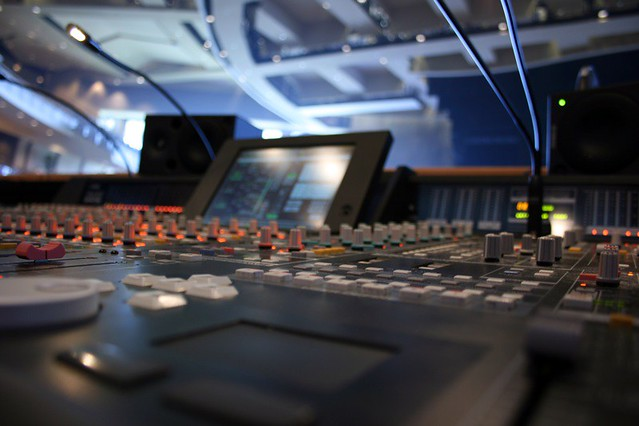 yamaha pm1d   FOH audio console   Stephen May   Flickr