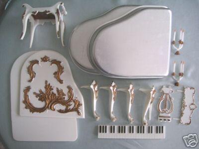 Wilton Grand Piano Cake Pan Set