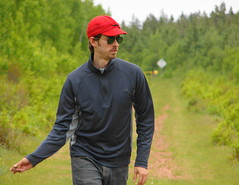professional golfer(0.0), sports(0.0), fourball(0.0), golf(0.0), golfer(0.0), jogging(0.0), walking(1.0), recreation(1.0), outdoor recreation(1.0),
