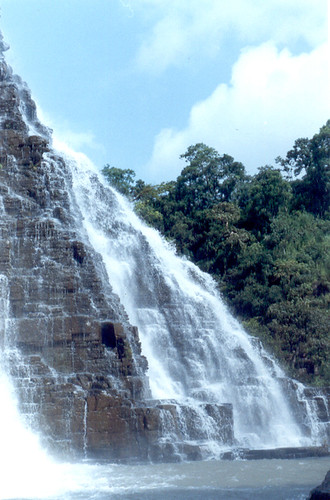 Tirathgarh Waterfall by Anzaar Nabi