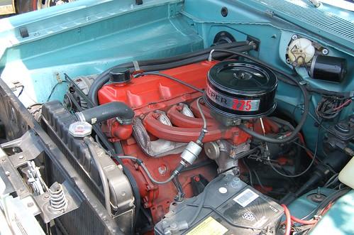 Plymouth Valiant Slant 6