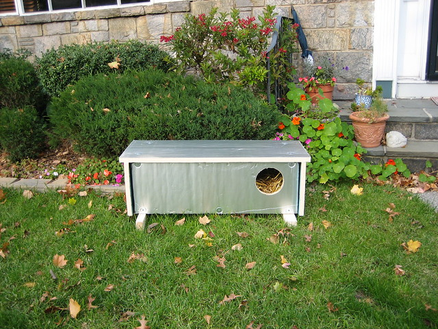 Ashot S Insulated Feral Cat Shelter An Album On Flickr