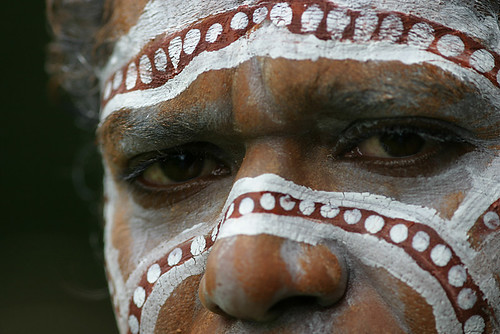 Greek australians look like aborigines greek reporter for Aboriginal body decoration