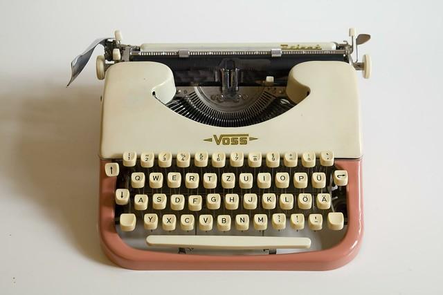 """VOSS """"Privat"""" typewriter"""