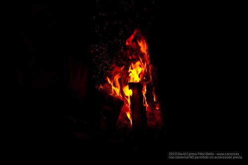 Fuego para la paella. Fin de Semana Casa Rural en Los Cortijos y su entorno