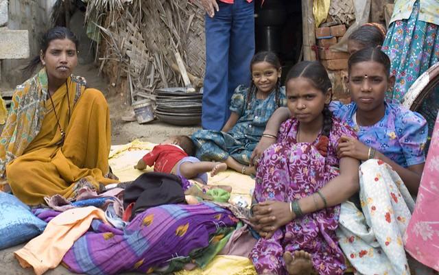 Children in a Bangalore slum