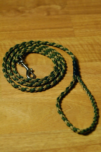 Paracord dog leash image search results for Paracord leash instructions