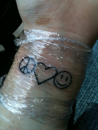 365 photo challenge 365 293 peace love happiness for Peace love happiness tattoo