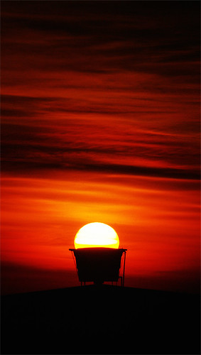 sunset orange sun sol colors cores geotagged searchthebest pentax d quality laranja porto junior alegre omar ist soe por pentaxistd usina gasometro guaiba geo:lat=30035082 geo:lon=51242235