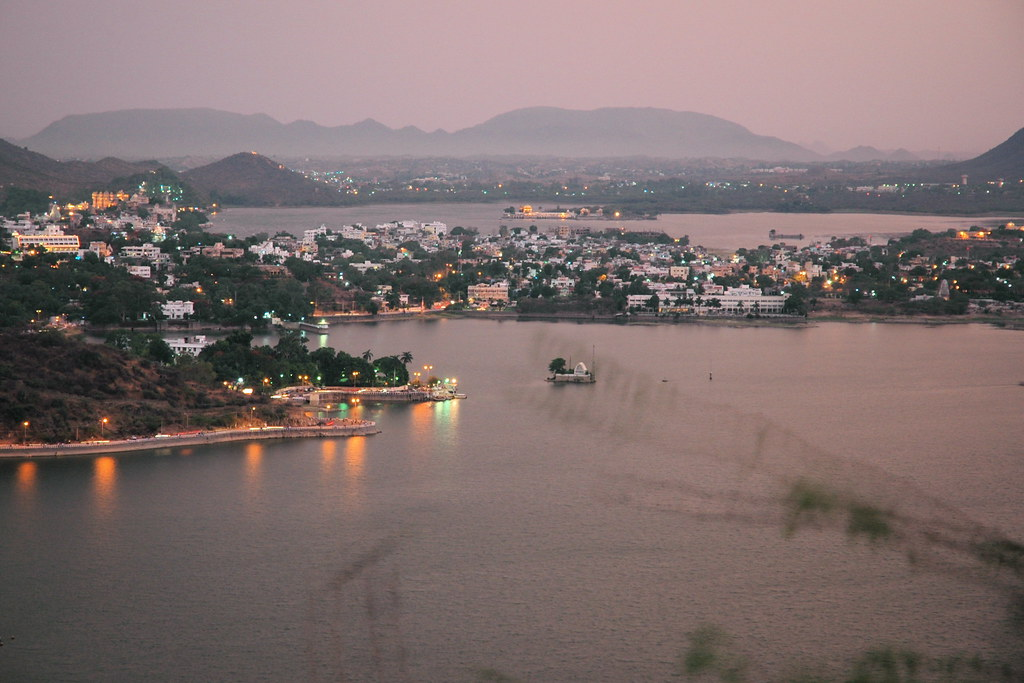 Fateh and Pichola lakes
