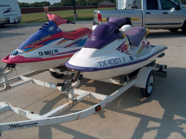 1997 Seadoo GS http://www.flickr.com/photos/marksparkit-sellit/1270369467/