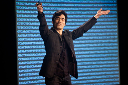 H. Sebastian Seung - Science, Living Systems, and the Edge of Change - Poptech Salon