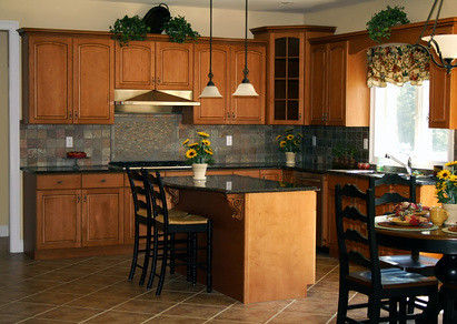 Honey Colored Kitchen Cabinets 14 19 Internist Dr Horn De