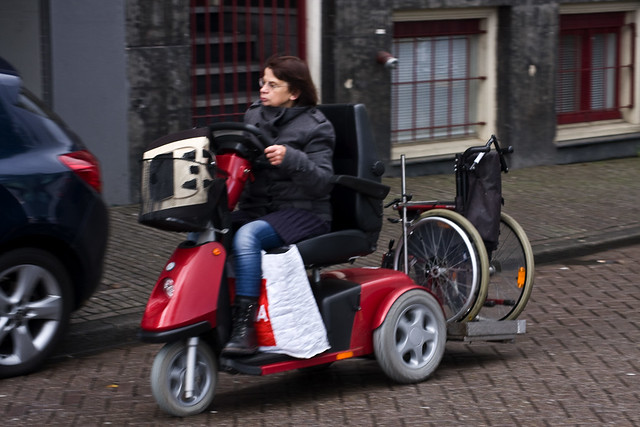 Amsterdam Cycle Chic - Wheelie