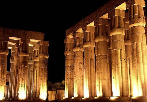 Arq egip a3 arquitectura adintelada templo de ramses ii for Arquitectura egipcia