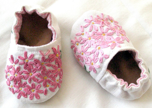 Pink Daisy Baby Shoes