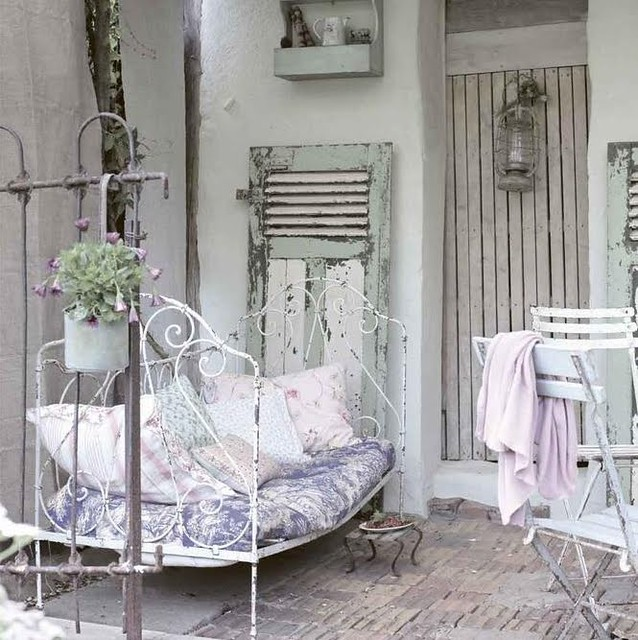Shabby french country outdoor terrace absolutey for Decoration jardin shabby