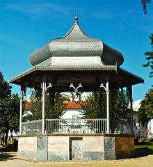 building, pavilion, gazebo, shrine, pagoda,