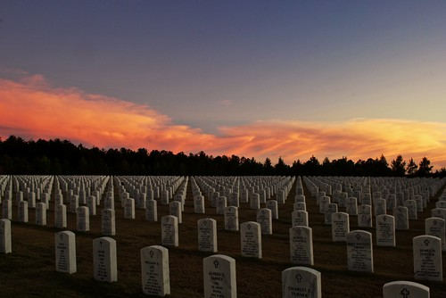 atlanta sunset ga war wwi wwii graves soldiers tombstones veterans georgianationalcemetery clurbex