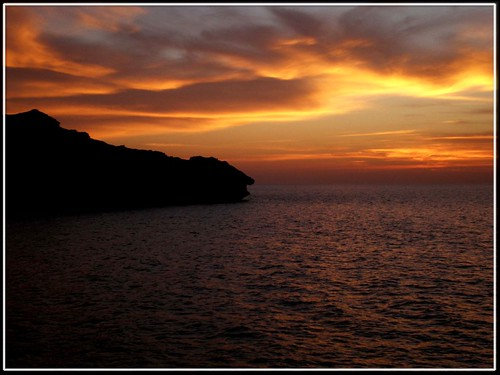 pakistan sunset sea eye art colors rock clouds golden bravo searchthebest hill karachi gadani balochistan flickrsbest abigfave aplusphoto