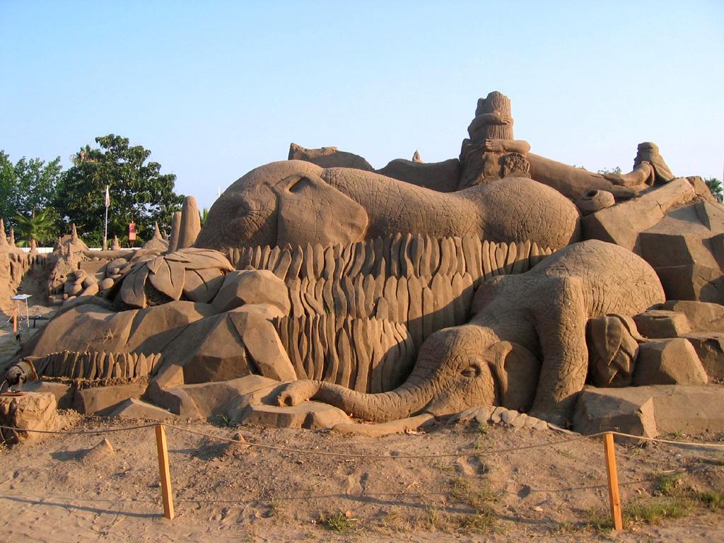 Antalya Sand Sculpture Festival 2007 (43)