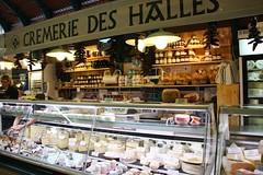 Puesto de Quesos en el Mercado de Saint Jean de Luz