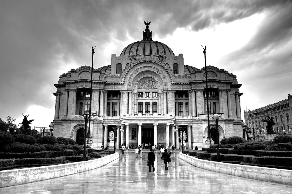 Palacio de Bellas Artes by BioMaxPhotos
