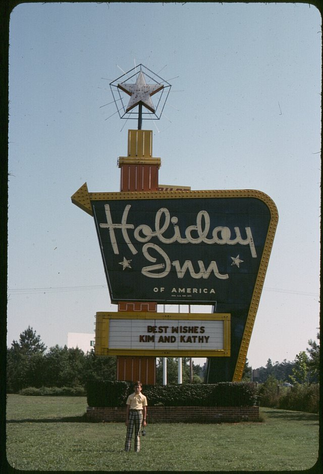 Holiday Inn - Calhoun, Georgia U.S.A. - 1976