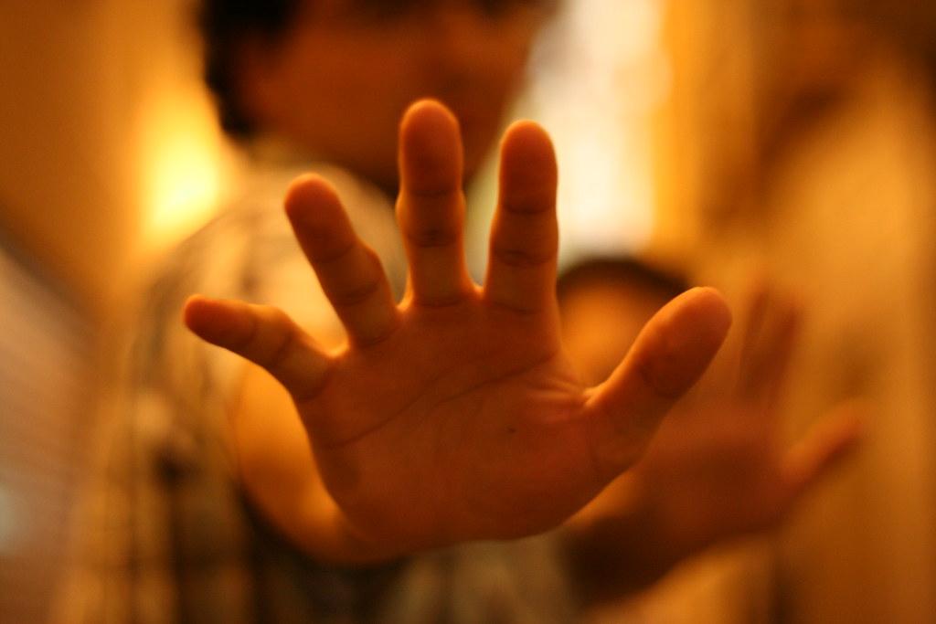 Díselo a la mano!