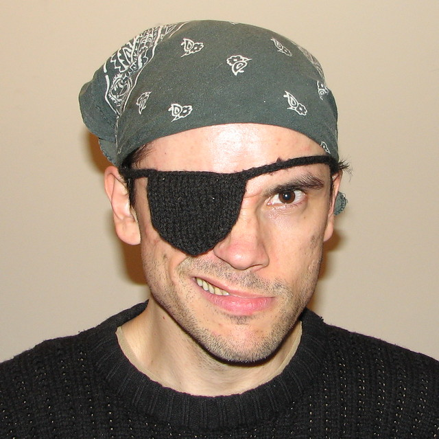 Revolutionary Knitting Circle : Aye pirate i knit this eye patch for myself a