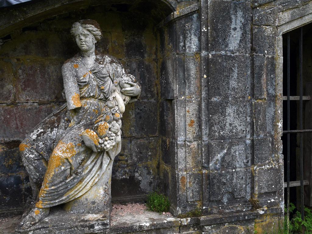 statue et nature