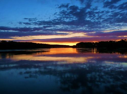 autumn usa sunrise river dawn connecticut middletown harborpark connecticutriver 06457 johnjmurphyiii