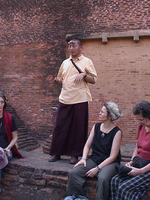 Header of khenpo