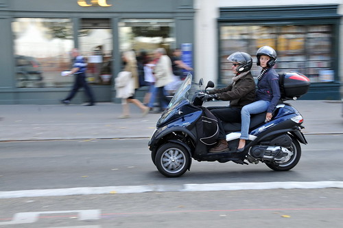 'Piaggio MP3' Place des Jacobins Lyon