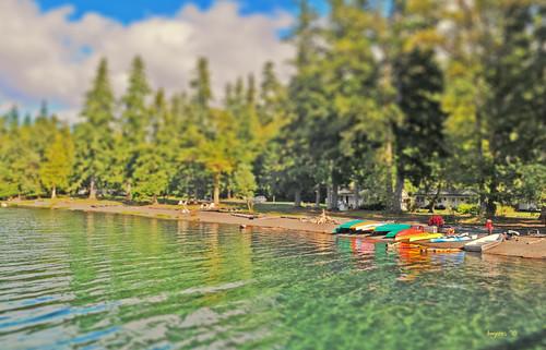 sky lakecrescent lake water toys twilight olympicpeninsula canoe rowing washingtonstate olympicnationalpark hdr 2010 rowboats tiltshift clallamcounty portangeleswa fakemini lakecrescentlodge faketilt modeleffect nikkor1755mmf28g cordan flickrgolfclub nikond300 dmyers