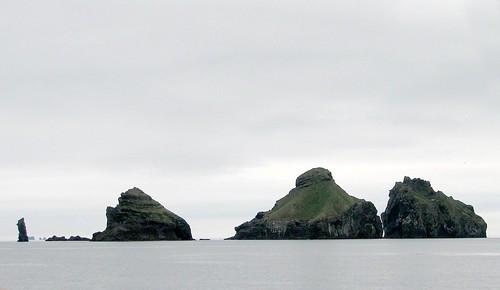 Heimaey Islands 01