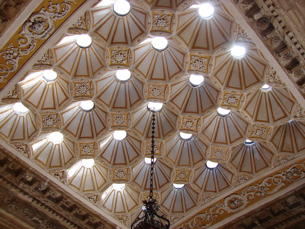 Turkish Bath ceiling in Dolmabahçe Palace
