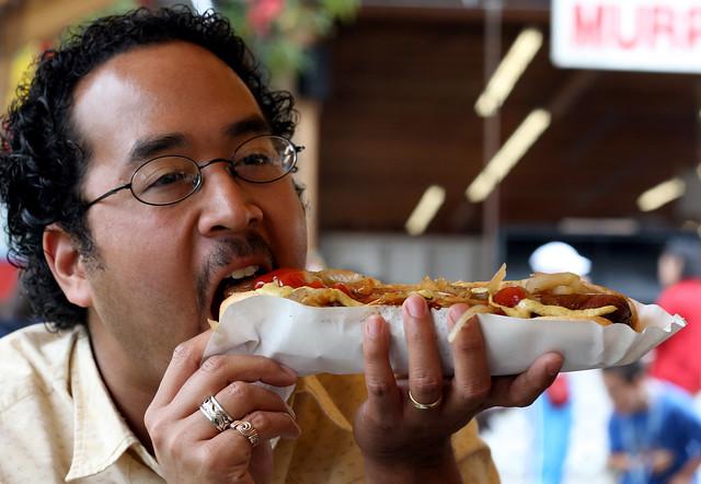 2007 Puyallup Fair - Giant Ass Hotdog